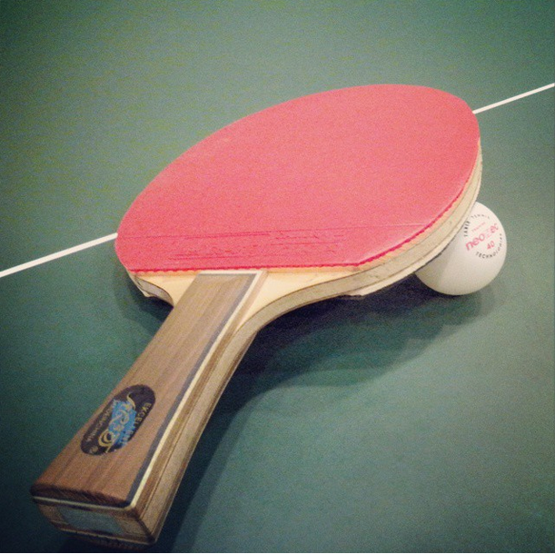 Правила настольного тенниса при выборе правильной ракетки