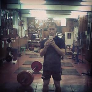 Становая тяга - базовое упражнение в тренировке в настольном теннисе